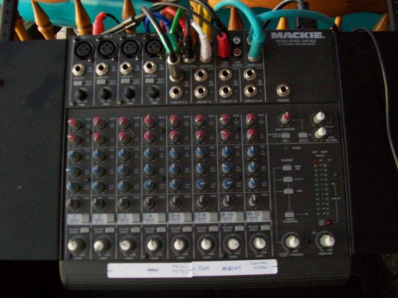 Mixer Mackie Designs 1202-VLZ
