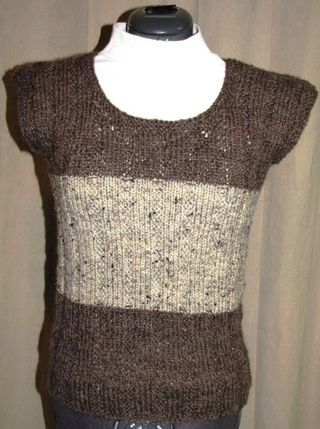 Knitted-short-sleeve-sweater