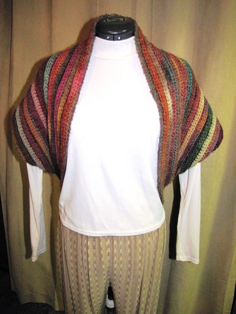Knitting Pattern Cowl Shrug : Quick Crochet Shrug/Cowl - I Knit and Crochet